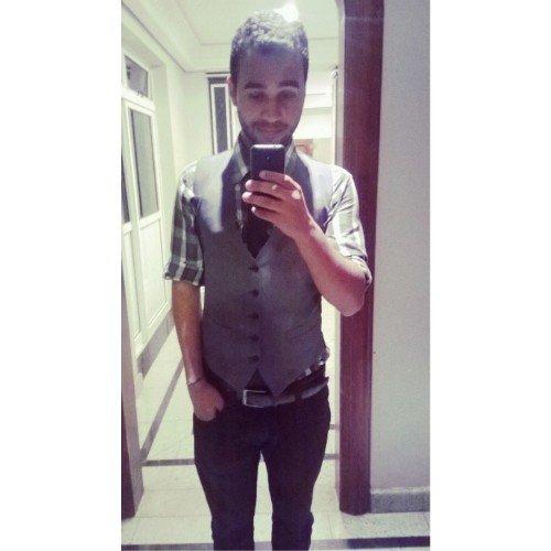 Lucas Eduardo Social Profile