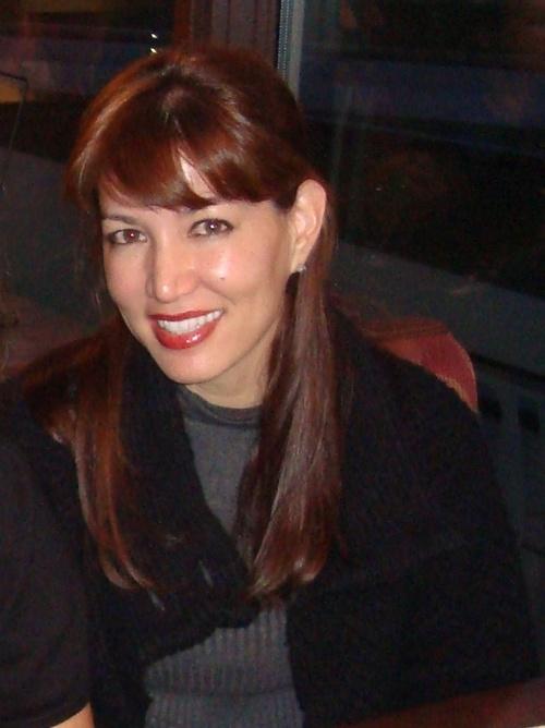 Kelli Rodrigues Social Profile
