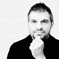 Stéphane de Luca | Social Profile
