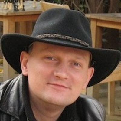Krzysztof Maj | Social Profile