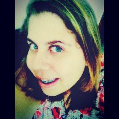Tamires Vieira | Social Profile