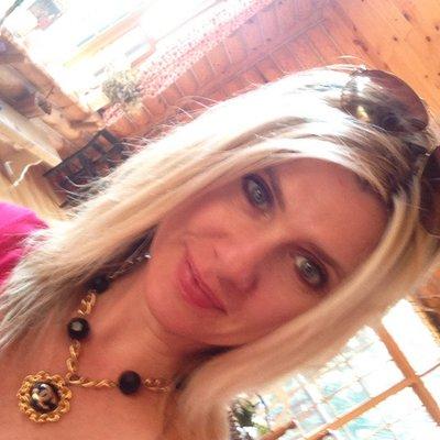 Amy Hesser | Social Profile