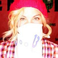 Nicole Birkhold | Social Profile