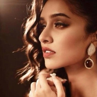 Follow Shraddha Kapoor Twitter Profile