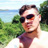 Jose V | Social Profile