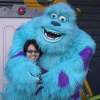 Lisa Li   Social Profile