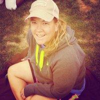 Melanie Cardell   Social Profile