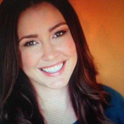 Amanda Pouchot | Social Profile