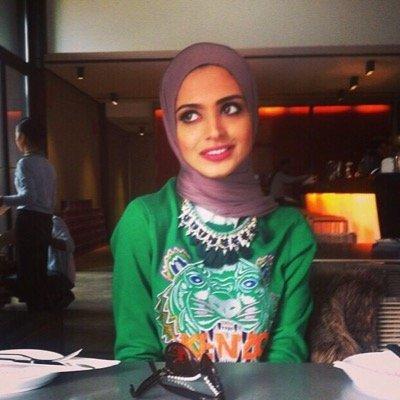 Myriam KF | Social Profile