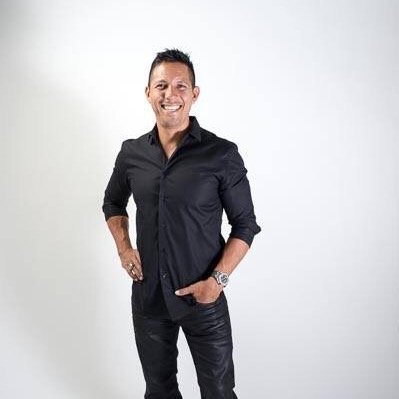 Dave Ulloa Social Profile