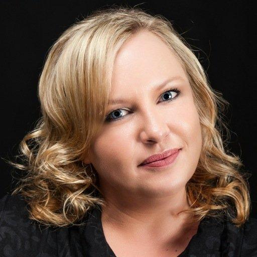 Leigh-Ann Mol Social Profile