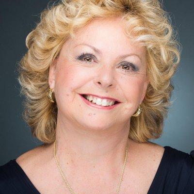 Dr. Nikki Isaacs