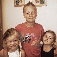 Emma lampton | Social Profile