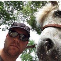 Tommy Roboto | Social Profile