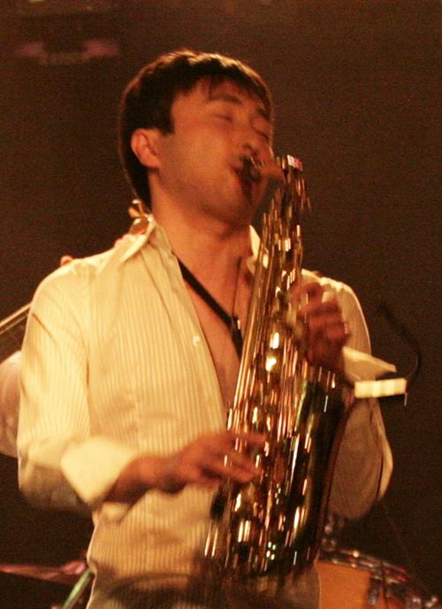 Kazunori Makino Social Profile