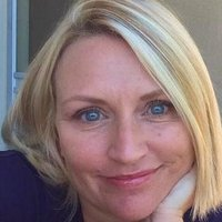 Fiona | Social Profile