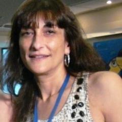 Vânia  Santana Social Profile