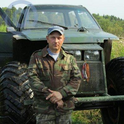 Александр Болотов (@SashaBoloto)