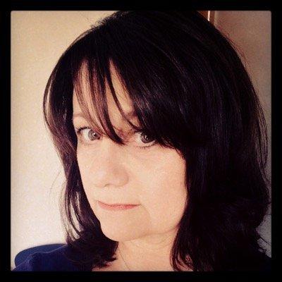 julie hawkins | Social Profile