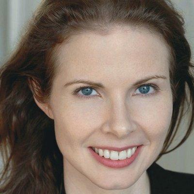 Caroline Haubold   Social Profile