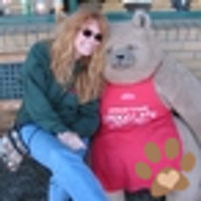 Amber | Social Profile