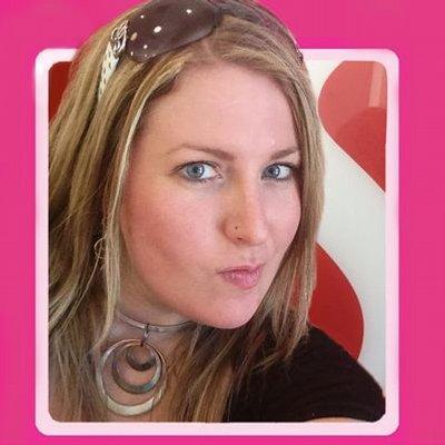 Amanda Blain | Social Profile