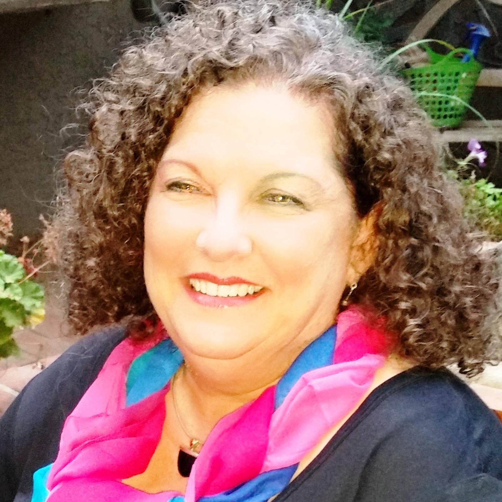 Julia Neiman Social Profile