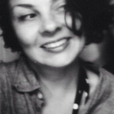 Corinne Vizzacchero   Social Profile