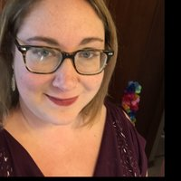 Lizzie B. | Social Profile