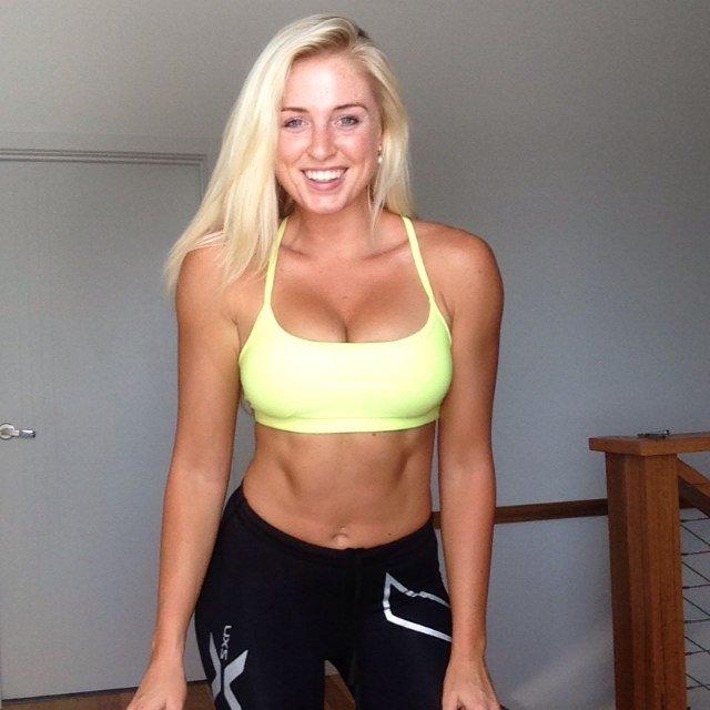 Chloe Maxwell Social Profile