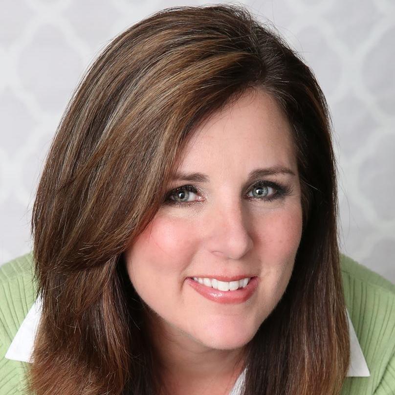 Lynn Mahoney Social Profile