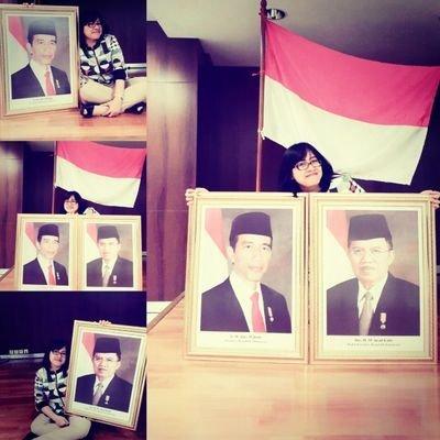 erna munir | Social Profile
