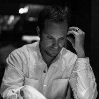 Carl Manneh | Social Profile