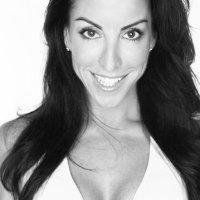Stephanie Vitorino | Social Profile