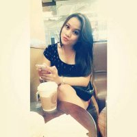 Vee | Social Profile