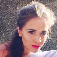 Charlotte McHale | Social Profile