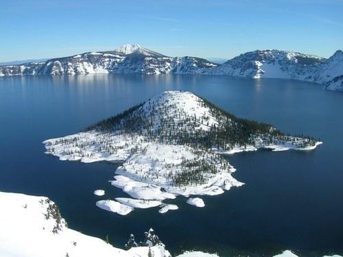 Crater Lake Social Profile
