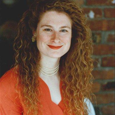 Danelle Harmon | Social Profile