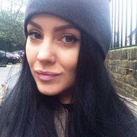Rebecca Knight | Social Profile