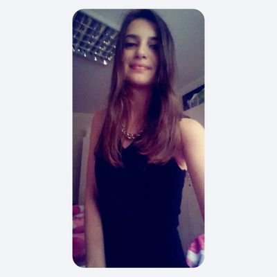 Buse cansız's Twitter Profile Picture
