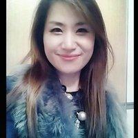 알렉시스kim | Social Profile