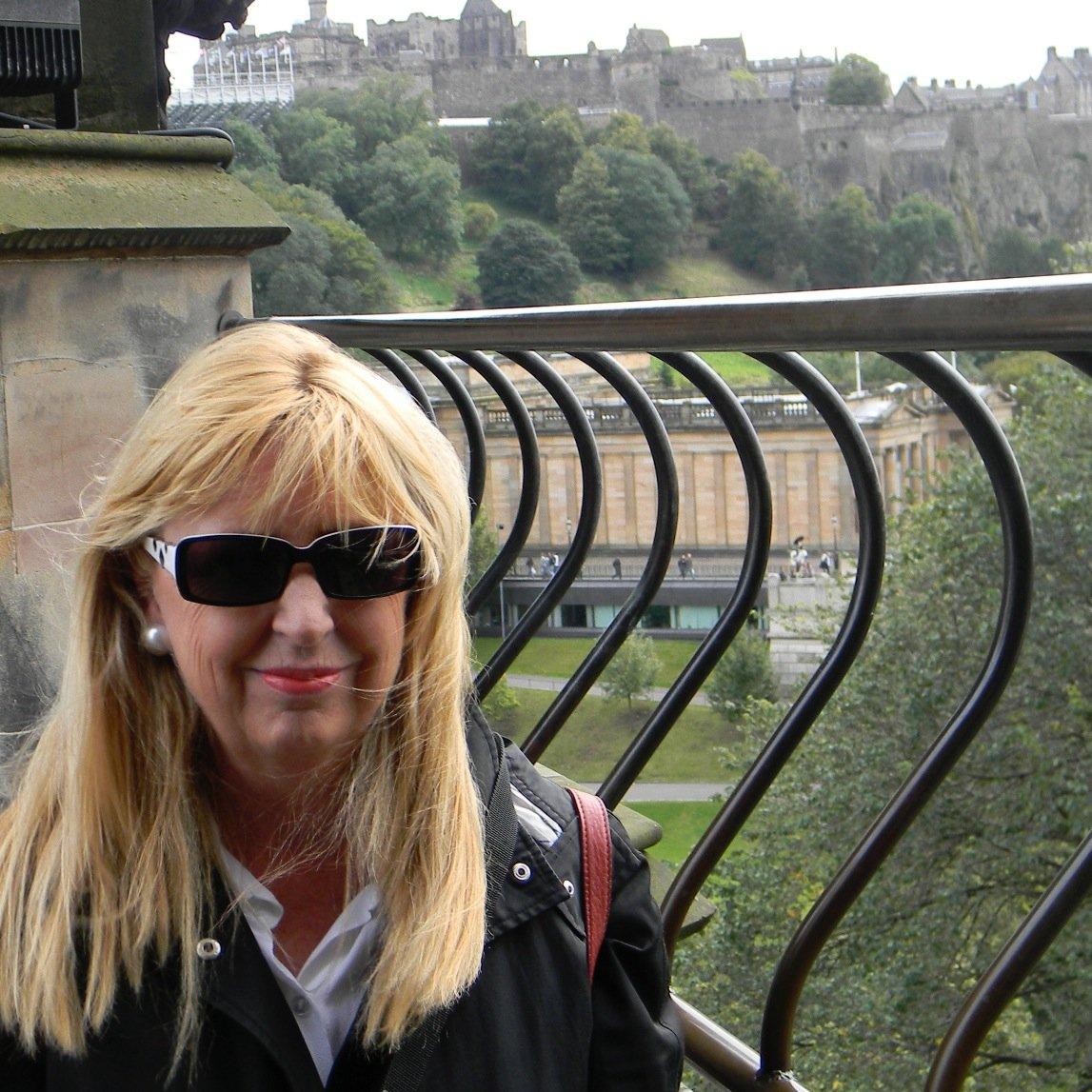 Susan Delacourt Social Profile