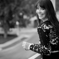 Lindsay Zir | Social Profile