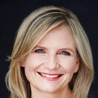Mia Pearson | Social Profile
