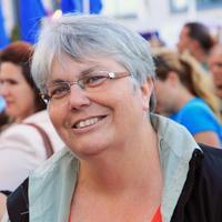 Jane Bouey | Social Profile