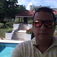 Gustavo Vergara | Social Profile