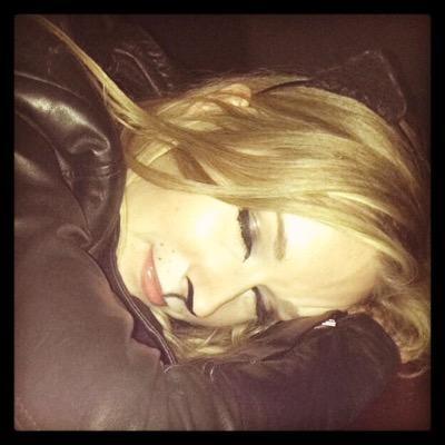 Lauren Hook | Social Profile