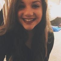 Camille Auer | Social Profile