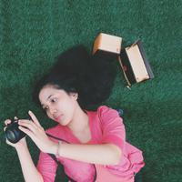 Cindy R. Hutagalung  | Social Profile