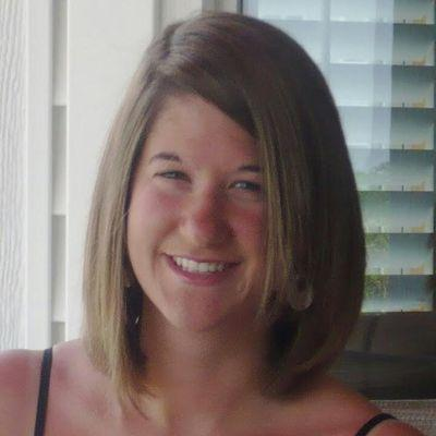 Emily Elizabeth | Social Profile